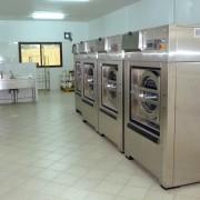 Vue de la buanderie : Zone lavage