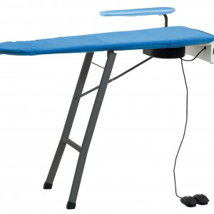 TABLE A REPASSER ASPIRANTE/SOUFFLANTE pour cuisine professionnelle
