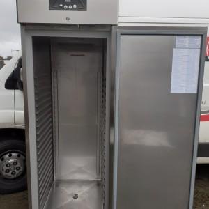 Vente-Occasion-Armoire froide positive-700L(2)
