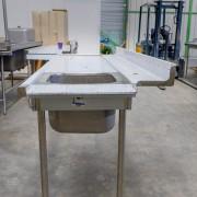 Table-inox-entrée-LV-capot-Occasion-Corbé-Cuisine-Professionnelle-n3 (1 sur 1)-2